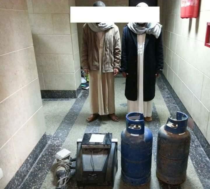 القبض على تشكيل عصابي يتخصص في سرقة المدارس والعيادات