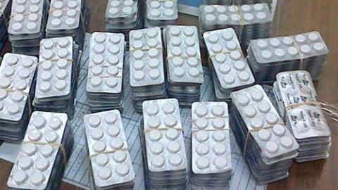 ضبط عاطل بـ 200 قرص مخدر بالغردقة