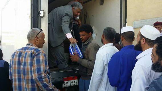 ابو زيد: الدفع بسيارات متنقلة لمدينة سيوة لمحاربة الغلاء.