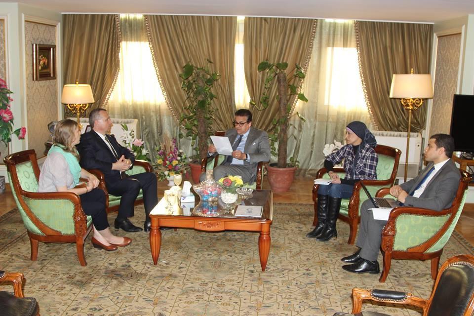 وزير التعليم العالي والبحث العلمي يلتقي سفير المجر بالقاهرة