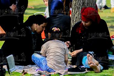 صور| احتفالات المصريين بشم النسيم فى حديقة الأزهر