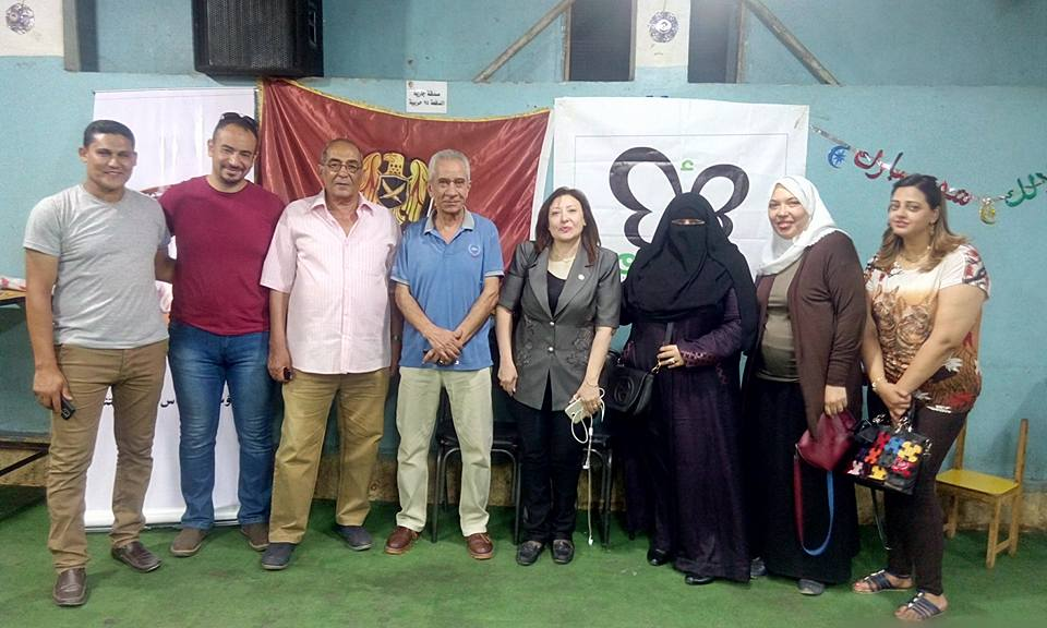 ناريمان و نفين ومجموعة73مؤرخين تحتفل بالعاشر من رمضان على طريقة حملة أرسم بسمة