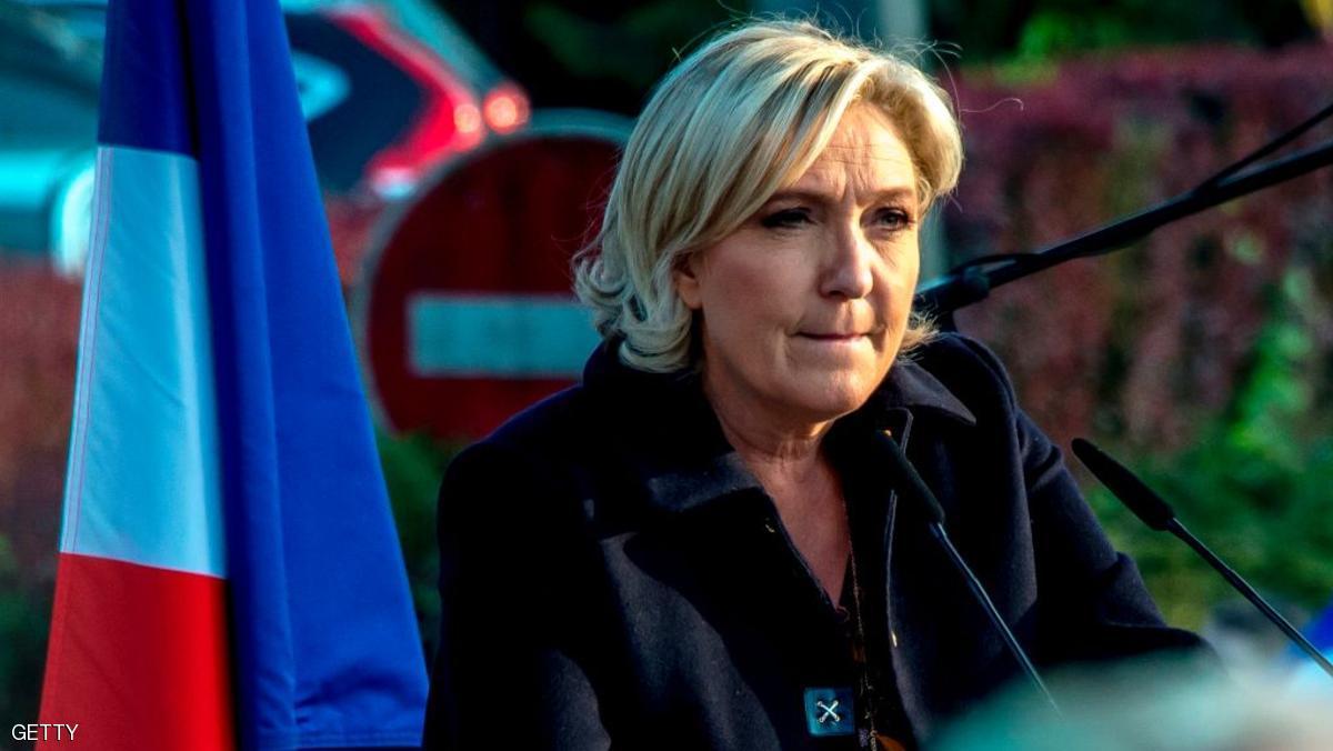 زعيمه اليمين المتطرف الفرنسى متهمه بإساءة استخدام أموال البرلمان الأوروبي