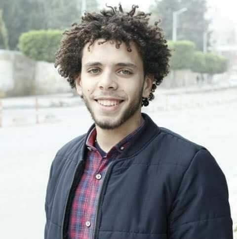 محمد المهدي لعبوا علي آلامه وتركوه في المستشفي