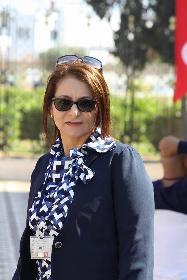 حوار مع الإعلامية الشاعرة التونسية المبدعة فتحية جلاد