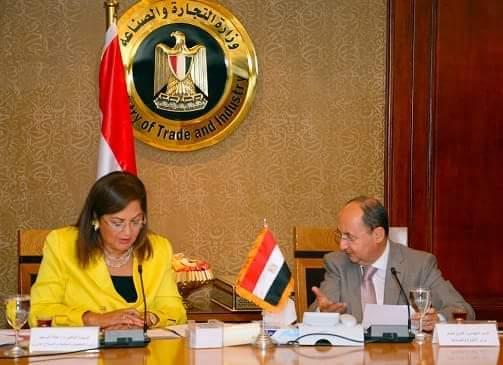 وزيرة التخطيط: القطاع الصناعي أحد أهم محركات الإقتصاد الوطني