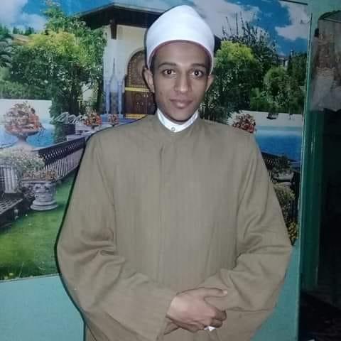 الشيخ احمد انور يصف التهنئة بميلاد المسيح بالبر