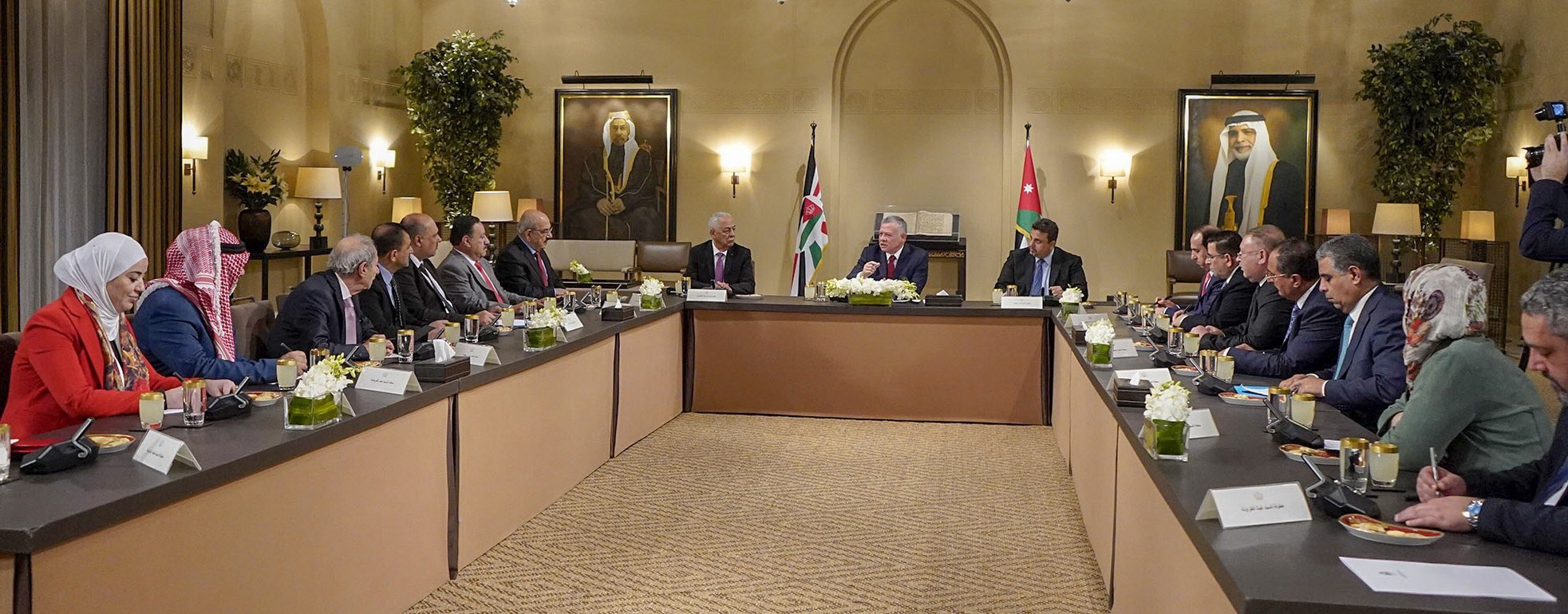 البرلمان الأردني يلتقي رؤساء لجان تحسين الخدمات بالمخيمات