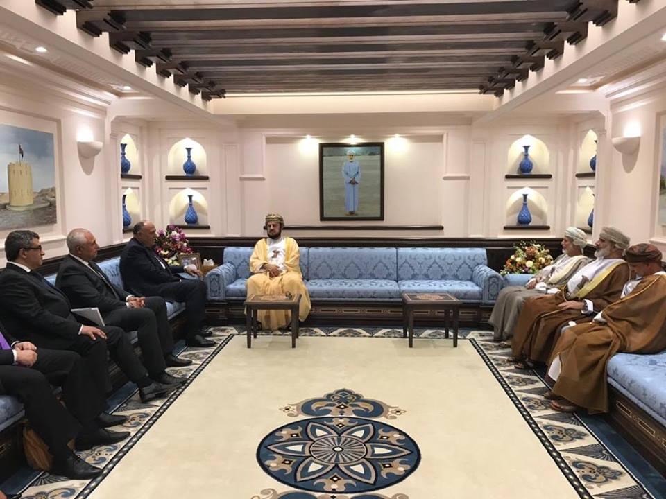 وزير الخارجية يعرب عن تقدير مصر الكبير حول العلاقات الثنائية مع سلطنة عمان