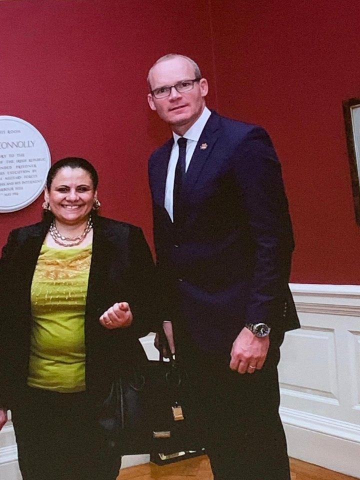وزير الخارجية الأيرلندى يستقبل سفيرة مصر في دبلن بمناسبة انتهاء فترة خدمتها
