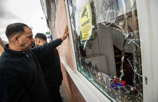 السلطات البريطانية تكشف تعرض مجتمع برمنجهام الإسلامى لهجمات إرهابية