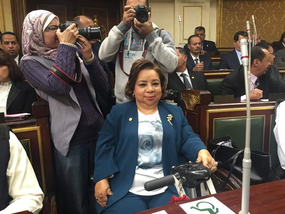 برلمانية تطالب بمنح الصم رخصة قيادة أسوة بدول العالم