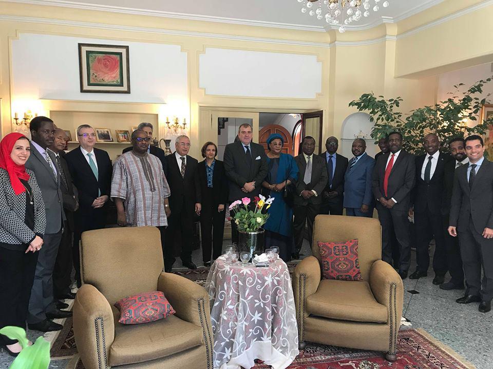 سفير مصر بالجزائر يلتقي مع السفراء الأفارقة المعتمدين بمناسبة تولي رئاسة الاتحاد الأفريقي