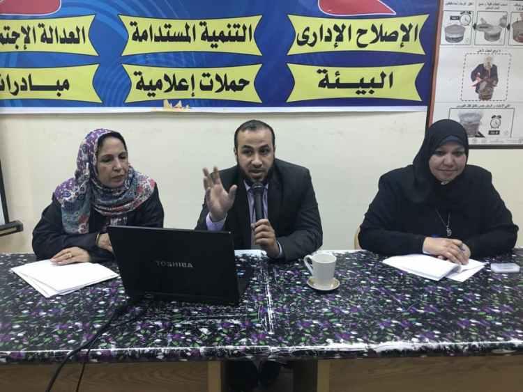 إعلام السويس يبحث التعليم الصناعى والمجمعات التكنولوجية بمصر