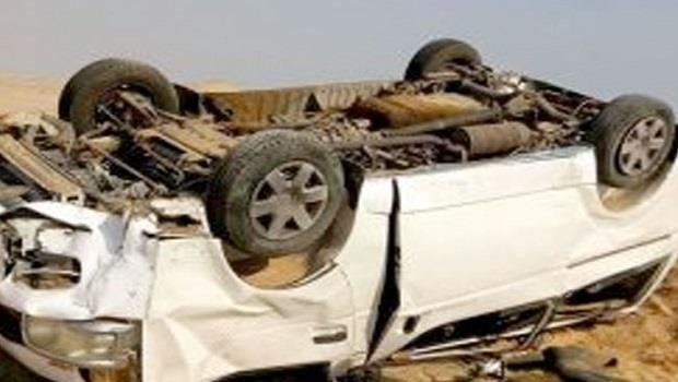 إصابة 4 أشخاص إثر انقلاب سيارة بطريق العلمين وادي النطرون