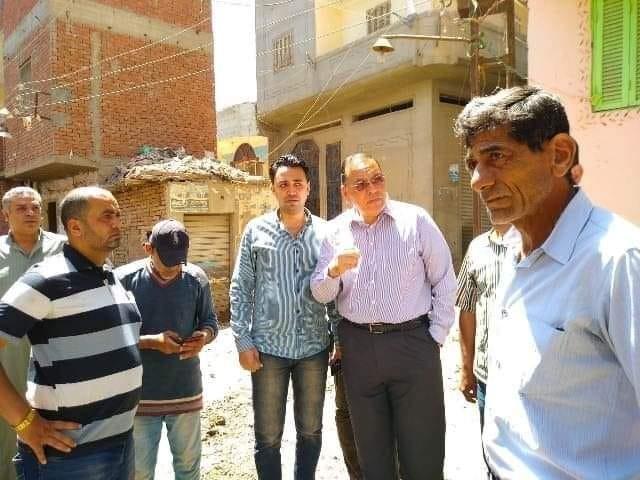 محافظ الشرقية لن أغادر قرية أنشاص البصل إلا بعد التأكد و الإنتهاء من حل مشكلة الصرف الصحي