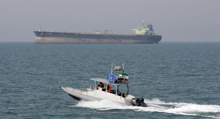 دولة عربية تتوسط لتخفيف التوتر بين أمريكا وإيران