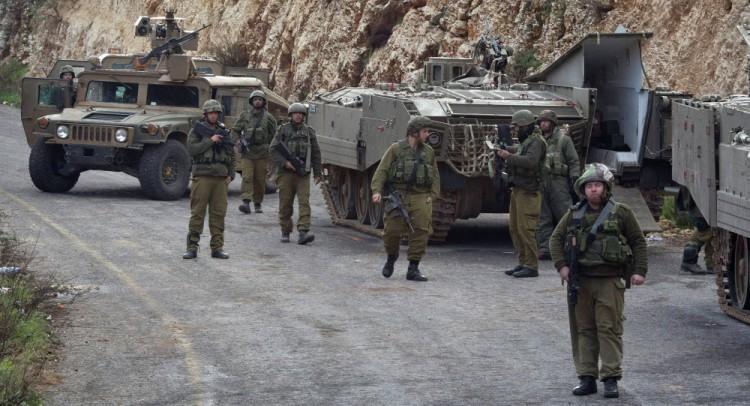 الجيش الإسرائيلي يعتقل 18 فلسطينيا في الضفة الغربية