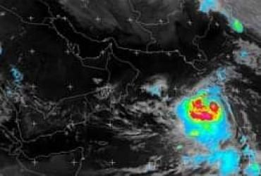 """اليمن تخرج تماماً من توقعات مخاطر مباشرة للعاصفة الشديدة """"فايو"""""""