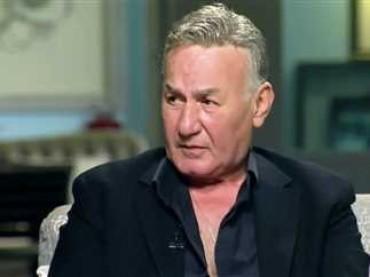 وفاة الفنان عزت أبو عوف عن عمر يناهز 71 عامًا