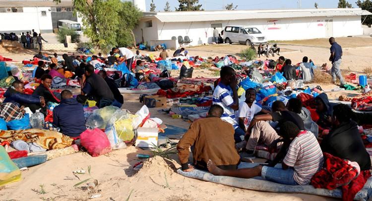 الاتحاد الأوروبي يعلق على الإفراج عن مهاجري مركز إيواء تاجوراء في طرابلس