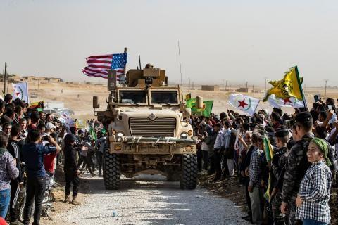 """ترامب """"يتخلى"""" عن الأكراد للأتراك.. وينسحب من شمال سوريا بعد اتصال أردوغان"""