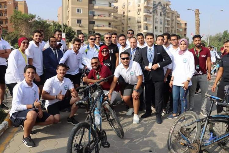 وزيرا الشباب والتعليم العالي يشاركان فى ماراثون جامعة مصر