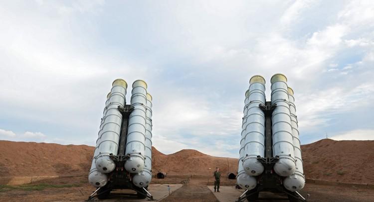 موسكو: هناك احتمالية لتوريد شحنات جديدة من أنظمة الدفاع الجوي الروسية إلى تركيا