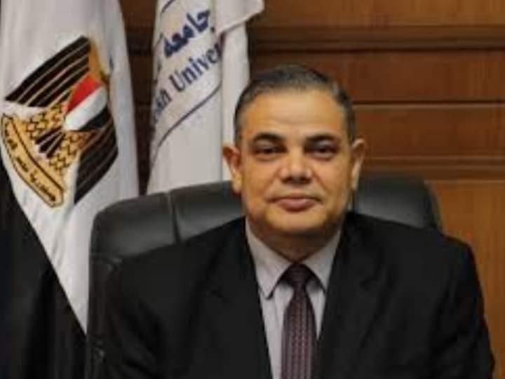 رئيس جامعة كفر الشيخ يهنئ الرئيس  السيسي والمصريين بذكرى المولد النبوي