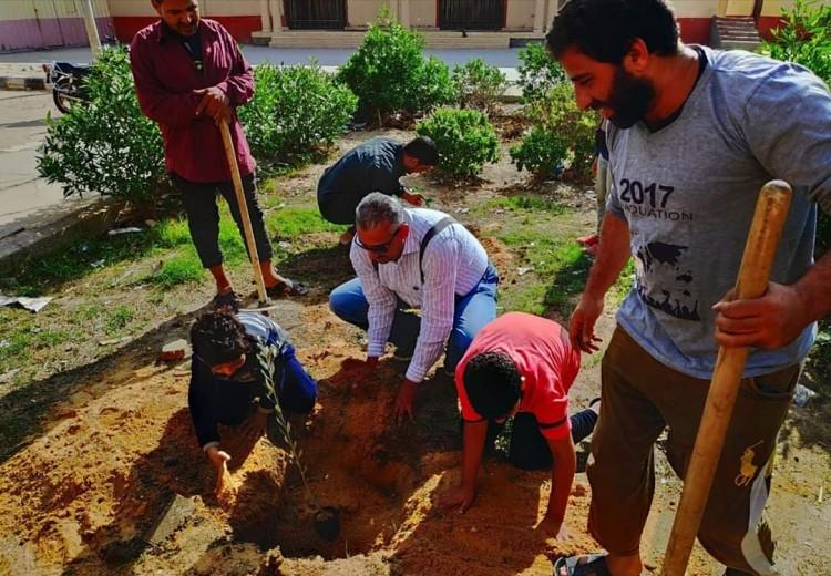 """البيئة : استمرار التعاون بين حملة"""" اتحضر للاخضر """" ومبادرة شجرها بدمياط"""