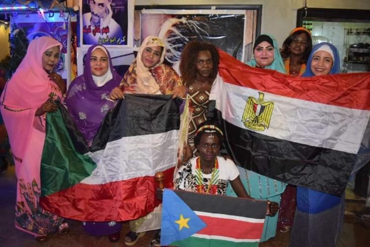 مبادرة مصر والسودان ايد واحدة تضم ثلاث دول فى قلب واحد احتفالا باستقلال السودان 64