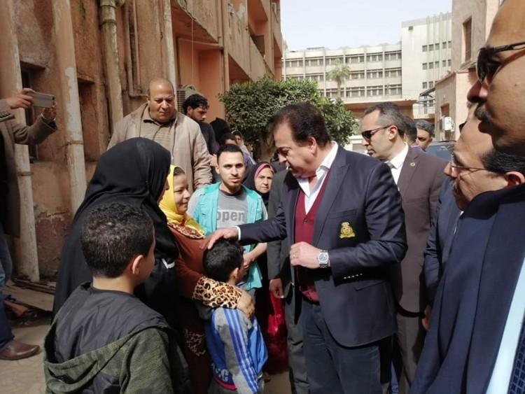 وزير التعليم العالي في جولة تفقدية لمستشفيات جامعة طنطا