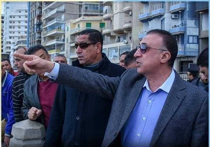 محافظ الاسكندرية يأمر بأغلاق كافة الشواطئ بدءا من الغد للحد من كورونا