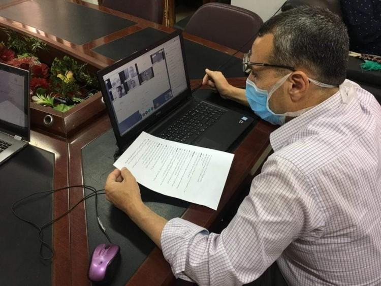 وكيل أول وزارة التعليم بالشرقية يعقد لقاء online لمناقشة قضايا التعليم واستفسارات المعلمين