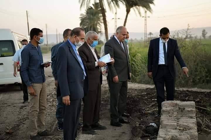 محافظ قنا يوجه بتطهير ٣ ترع بقرية نجع سعيد خلال ٧٢ ساعة