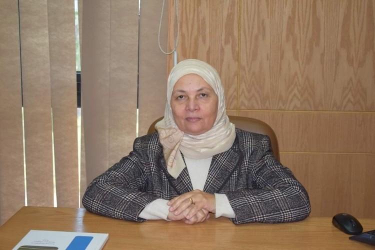 كلية الإدارة بالجامعة المصرية الروسية تشارك في مؤتمر التحديات المالية لكورونا