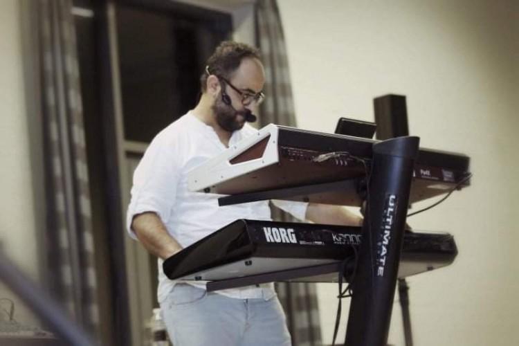 «هيثم برج» يطلق مشروعا لدعم مواهب الغناء العربي