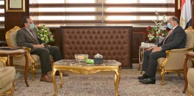 وزير التنمية المحلية يلتقى محافظ شمال سيناء لمتابعة المشروعات التنموية