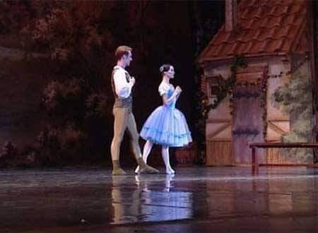 روميو وجولييت واربع  ليال على المسرح الكبير