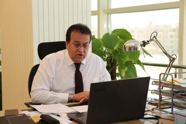 وزير التعليم العالي ورؤساء الجامعات يتفقدون جامعة الجلالة
