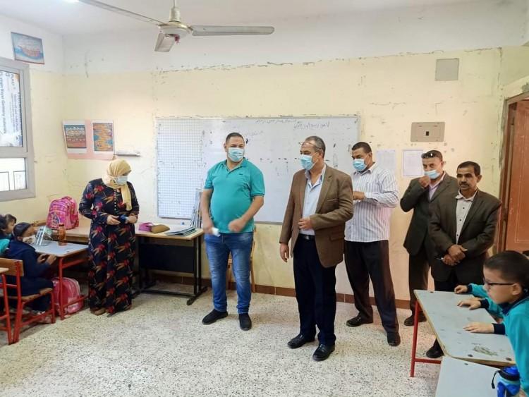 مدير تعليم القليوبية يتفقد مدارس قها