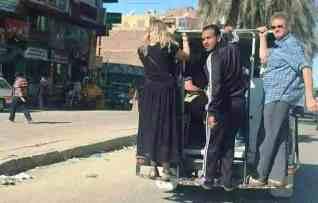 مركز حقوقي يرصد وسائل نقل تهدد حياه الركاب وتشوه صوره اسوان