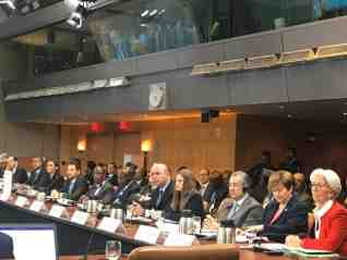 وزيرة الإستثمار تدعو البنك والصندوق الدوليين إلى دعم الدول النامية