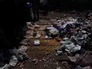 إعدام 500 كيلو أغذية فاسدة بمركز طما محافظة سوهاج