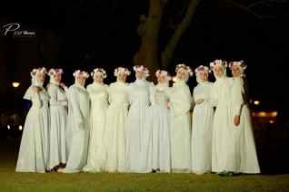 إحتفالية تتويج ملكة جمال الحجاب علي الطريقة الفرعونية