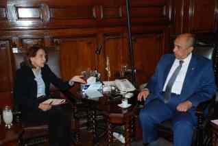 وزير الزراعة يبحث مع سفيرة كولومبيا بالقاهرة تكثيف التعاون الزراعي بين الجانبين