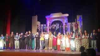 """المركز الثقافي بطنطا يشهد ازدحاما جماهيريا بعرض """"البؤساء"""""""