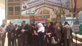 اقبال جماهيري للأستفتاء بمدرسة الشهيد مصطفى بدوى الرسمية للغات بكفر الشيخ
