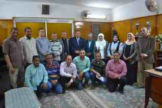 شهادات تقدير لأعضاء غرفة عمليات تعليم الوادي الجديد