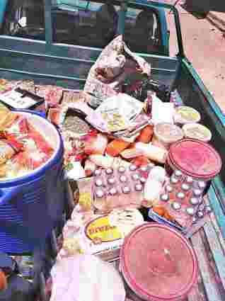 مراقبة الأغذية بمديرية الصحة بسوهاج تضبط ٣٠٠ كيلو مواد غذائية منتهية الصلاحية